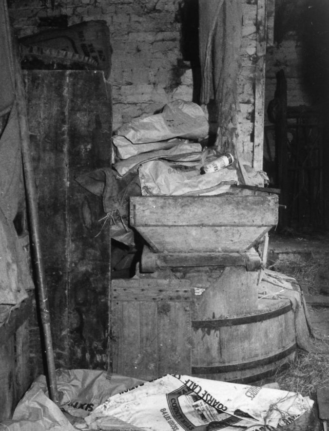 Cherington Mill. Millstones with tun, horse and hopper, March 1970 | Image courtesy of June Booth