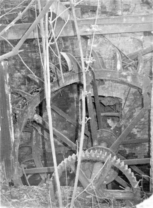 Ragley Needle Mill, March 1973. The iron breast-shot waterwheel, 13ft 6in x 5ft 6in, made by Ball & Horton, Stratford upon Avon. | Image courtesy of June Booth