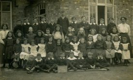 Astley School in 1913 | Image courtesy of Janet Meusel