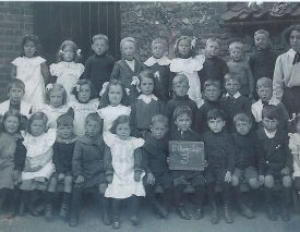 Astley School photo, c. 1916 | Image courtesy of Janet Meusel