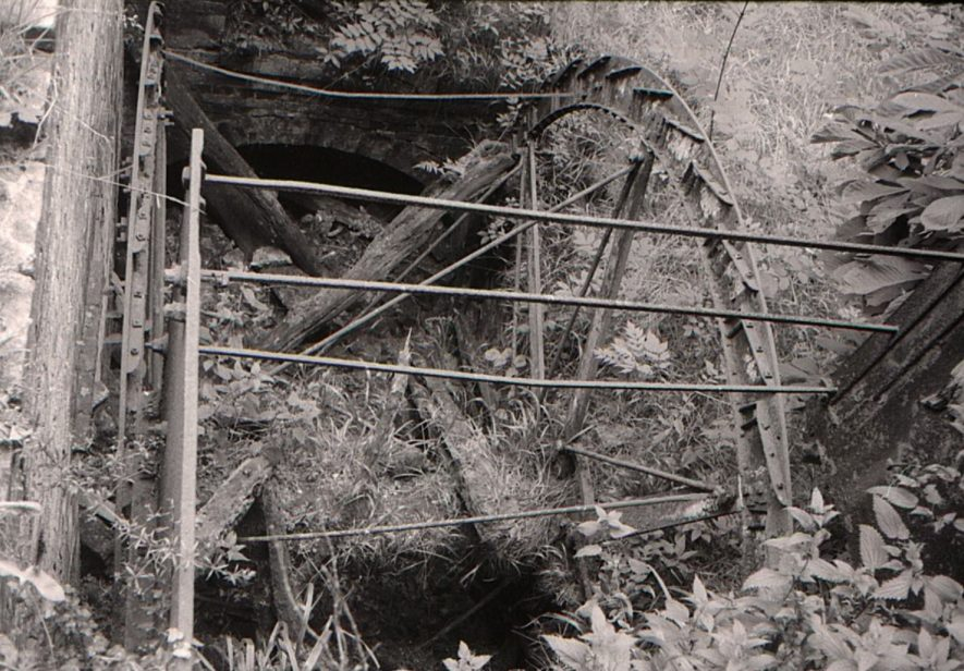 Packington Mill, Great Packington, July 1971. Looking down into the northern wheel pit. | Image courtesy of June Booth