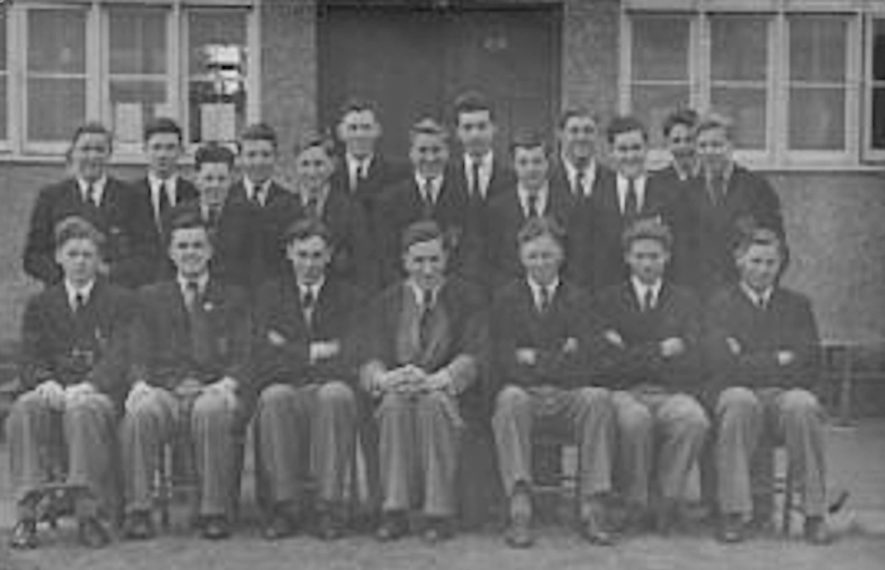 A class of schoolboys outside Warwick School in the 1940s. Peter Stocker can be seen at the back right of the photograph. | Image provided by Peter Stocker