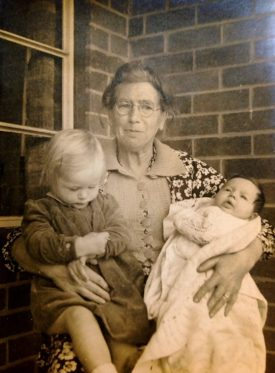 Cicely with grandchildren.   Image supplied by Christine Cluley, courtesy of the family of Cicely Lucas